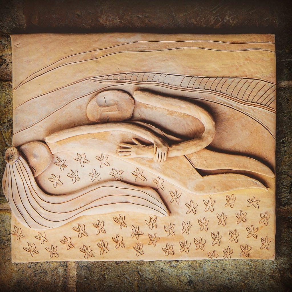 altorilievo in terracotta, Claudia Di Mario, arte a Castel Gandolfo, scultura in ceramica